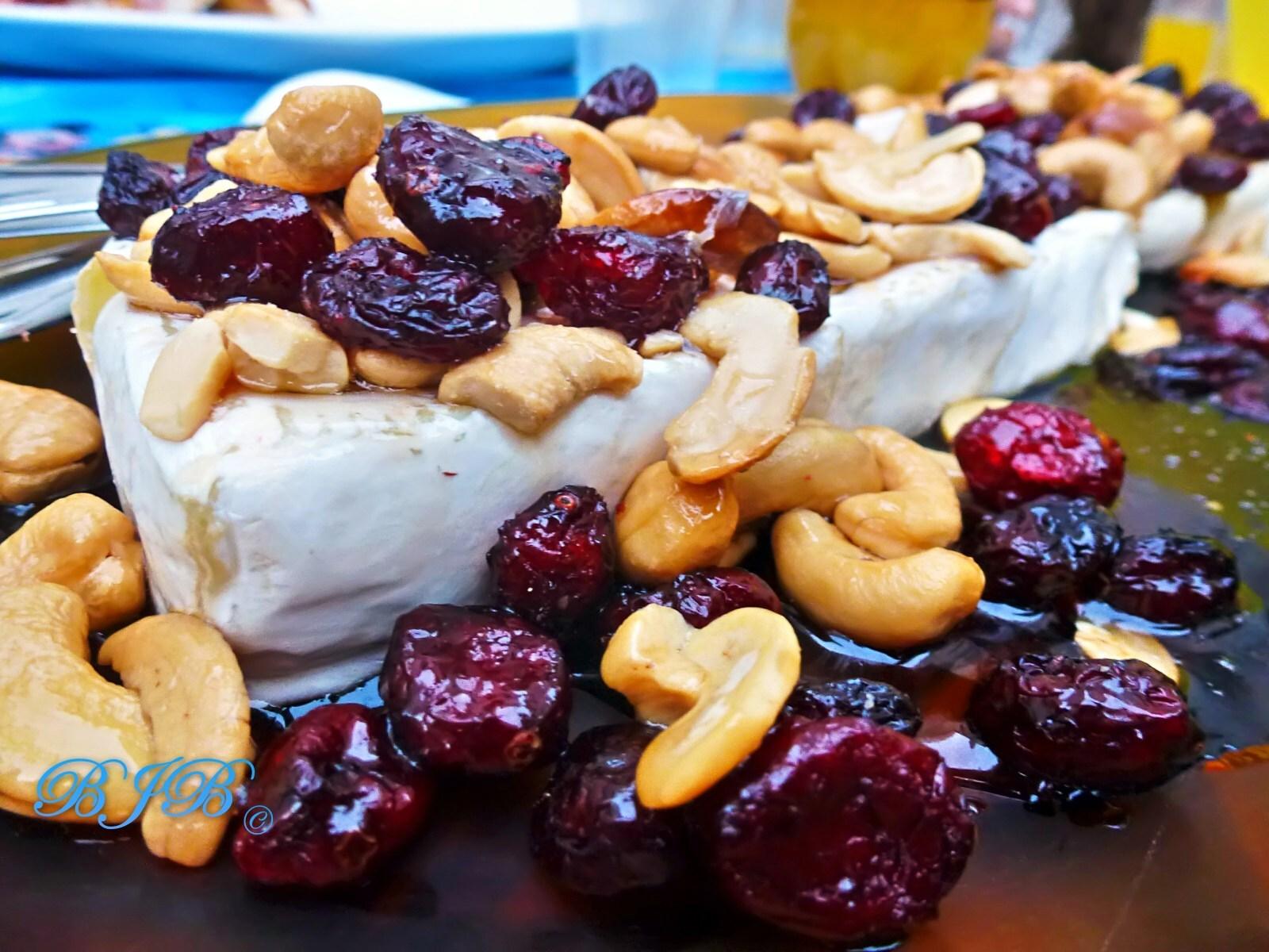 Brie, jarabe de arce y pretzels