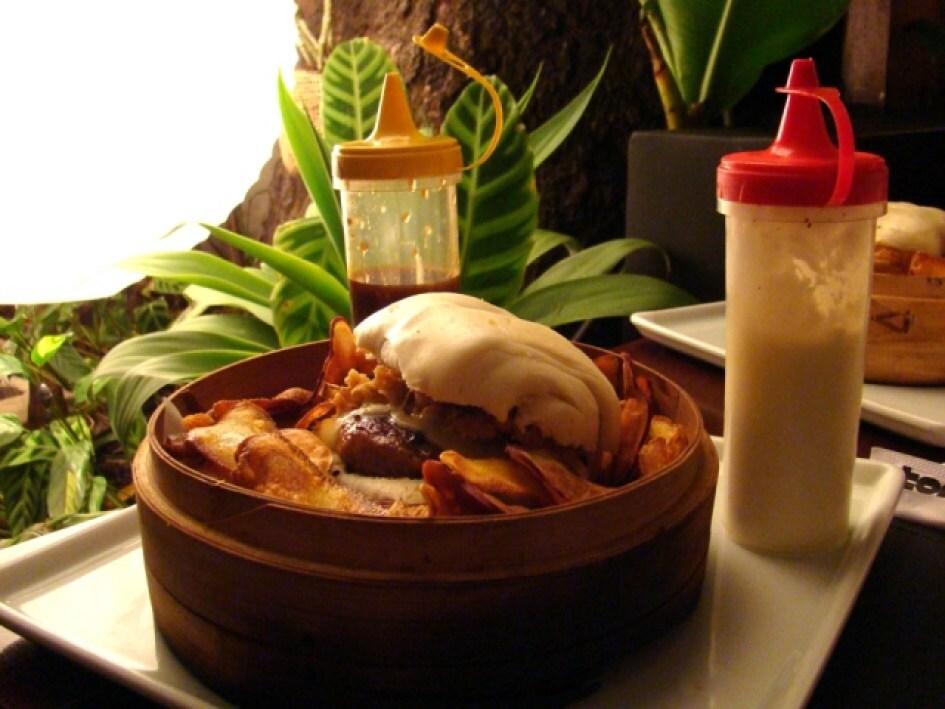O surpreendente burger com influências tailandesas do Tomyam