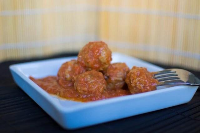 Kødboller i tomatsovs – polpette di vitello al sugo