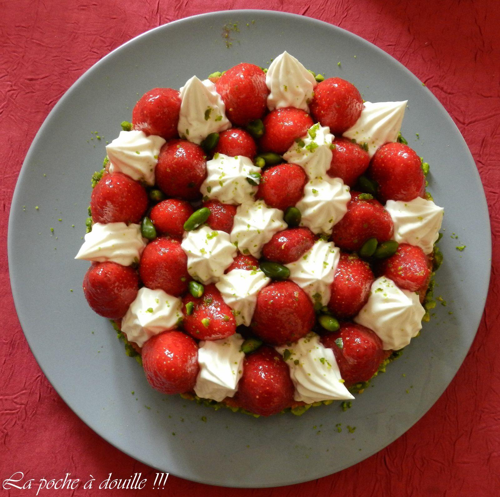 Financier pistache monté façon Tarte à la fraise !