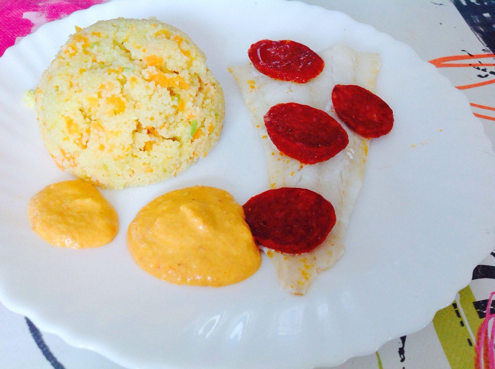 Filet de cabillaud au chorizo, semoule de légumes, sauce tomate et chorizo