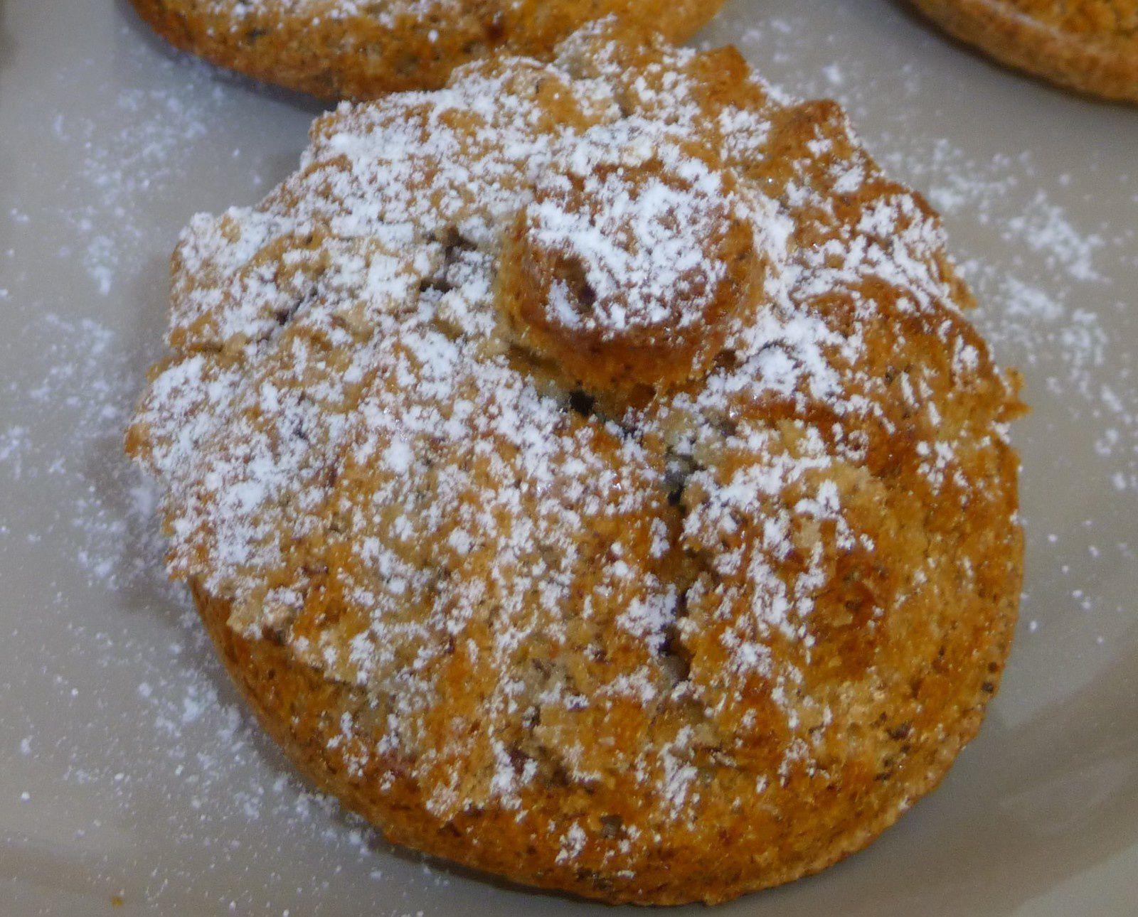 petits gâteaux d'automne aux noix et noisettes