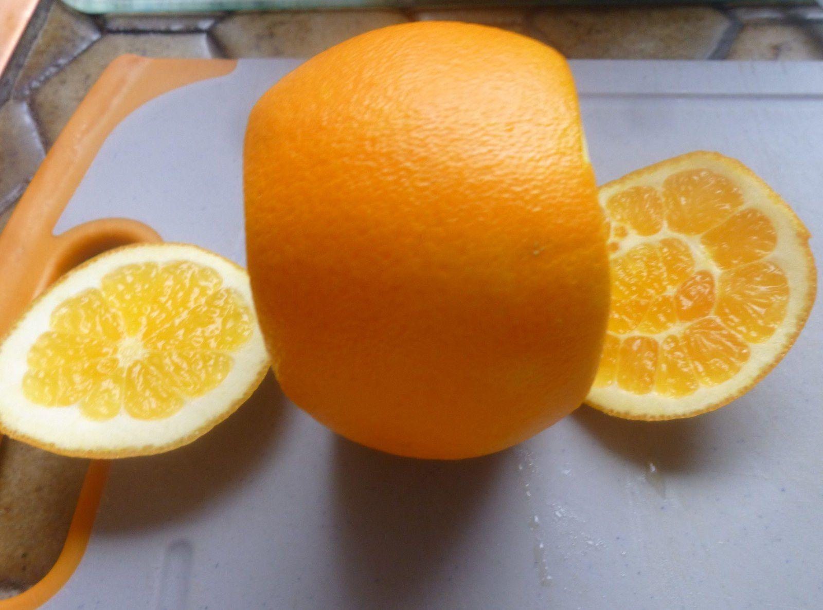 orangettes (une recette testée de l'espace-recettes) et confiture d'orange avec tous les restes