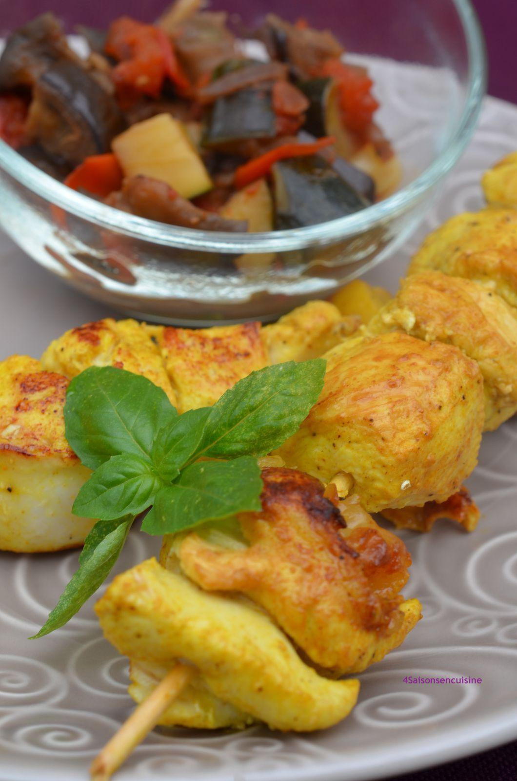 Brochettes de poulet citron confit et curcuma