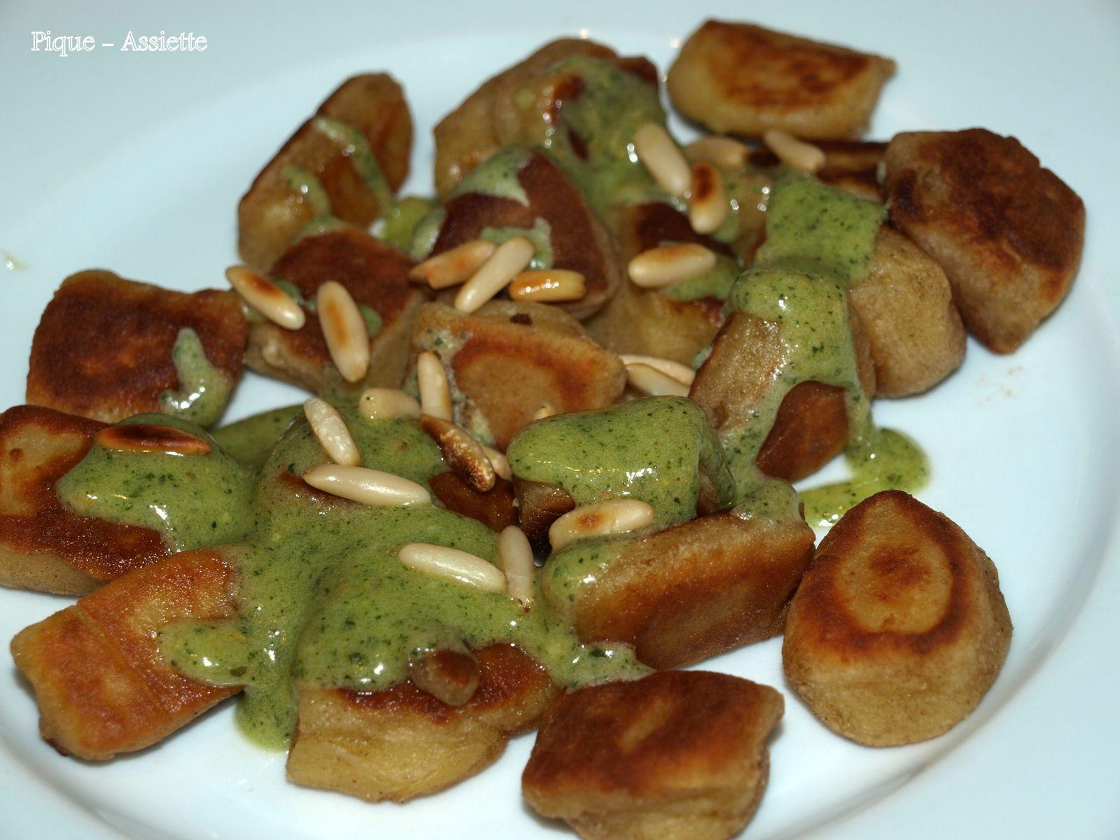 Gnocchis au mascarpone poêlés et sa sauce au pesto de Lorraine Pascale.