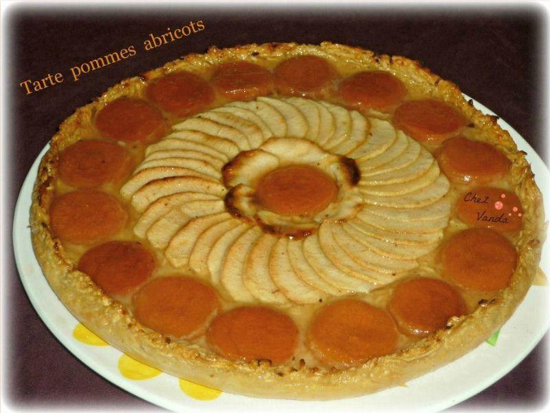 Tarte pommes abricots