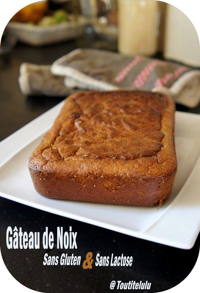 Gâteau ou cake de noix fondant pour petit déjeuner facile sans gluten, sans lactose et sans caséine