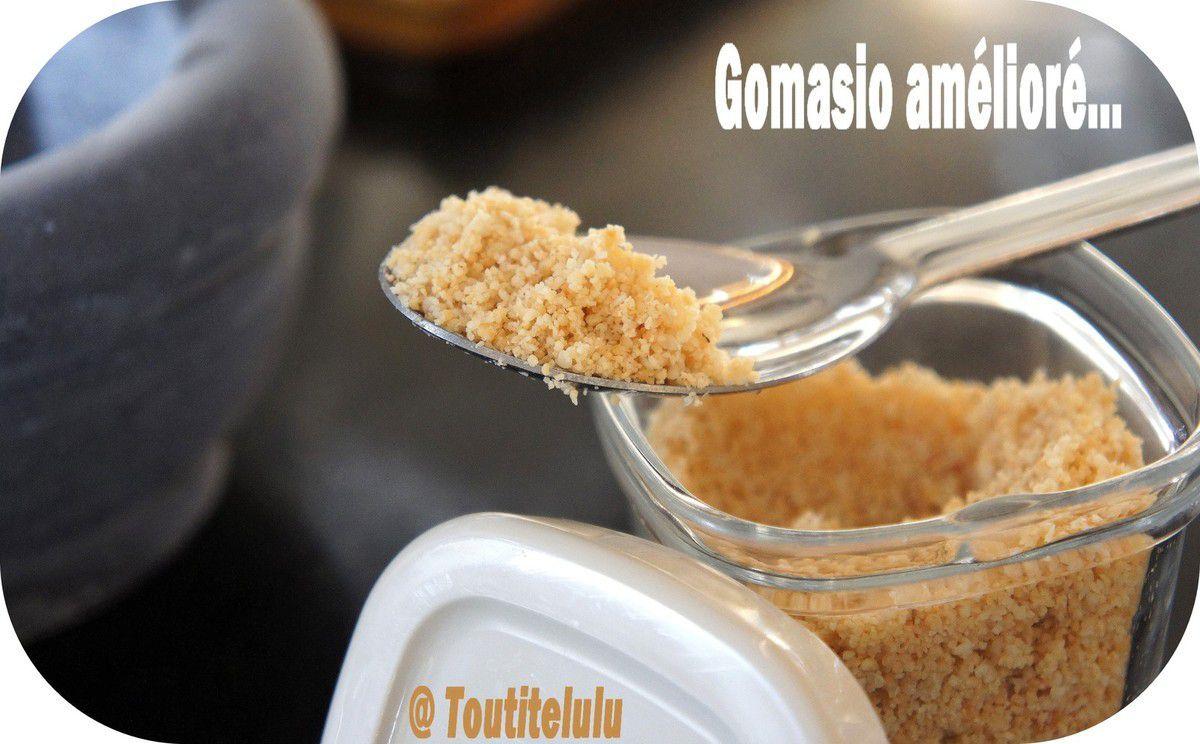 Gomasio amélioré tout simple, condiment sans gluten et sans lactose pour une cuisine voyage
