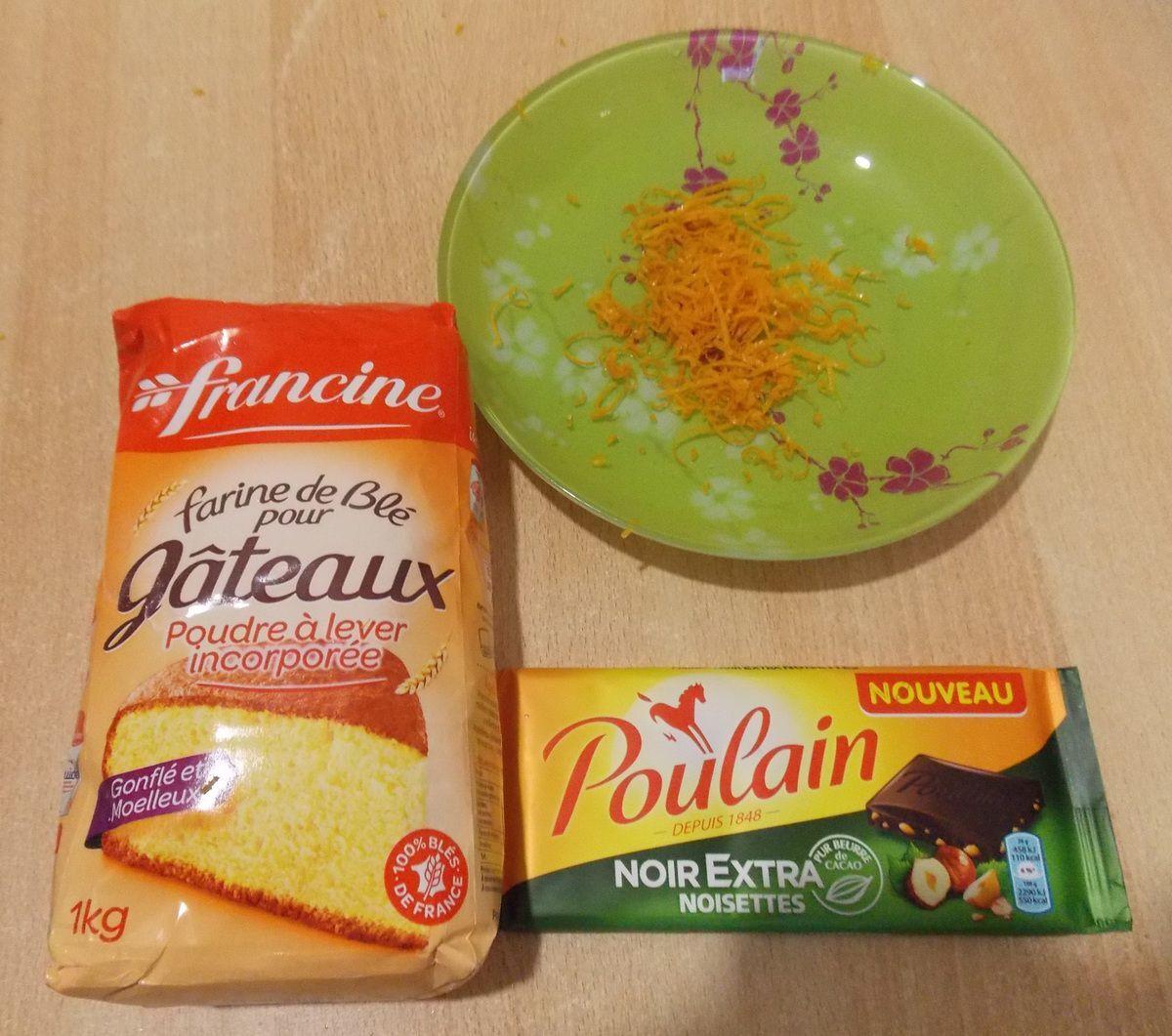 Gâteau au yaourt, à l'orange et chocolat noisette