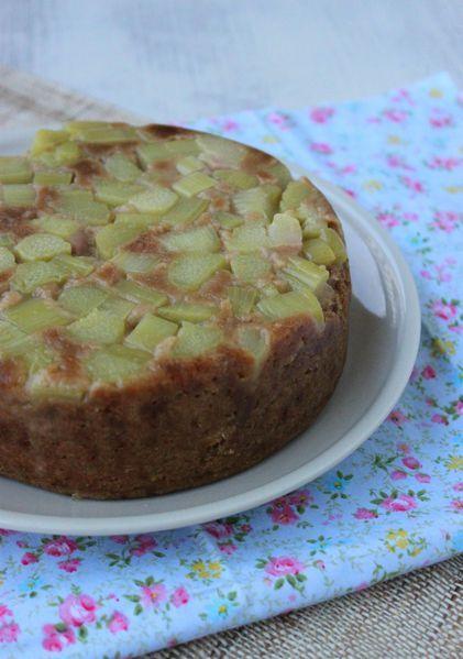 Gâteau à la rhubarbe, cuit à la vapeur (Micro Vap' de Tupperware)