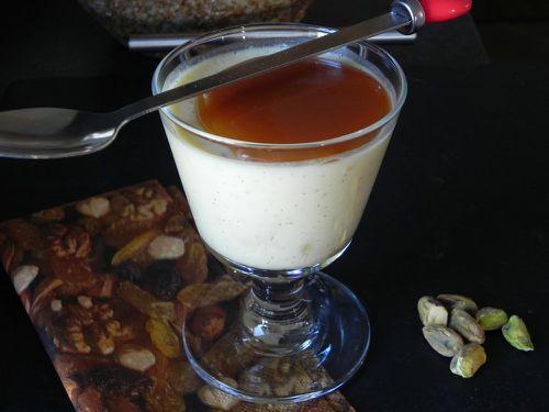 Crème vanille aux pistaches caramélisées et au caramel beurre salé