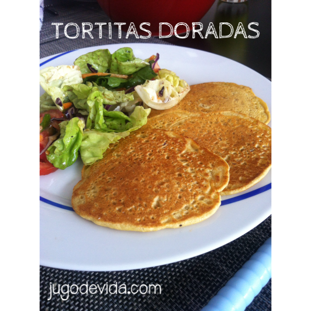 Tortitas Doradas de Harina de Garbanzo