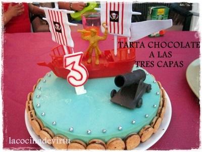 TARTA AL CHOCOLATE TRES CAPAS