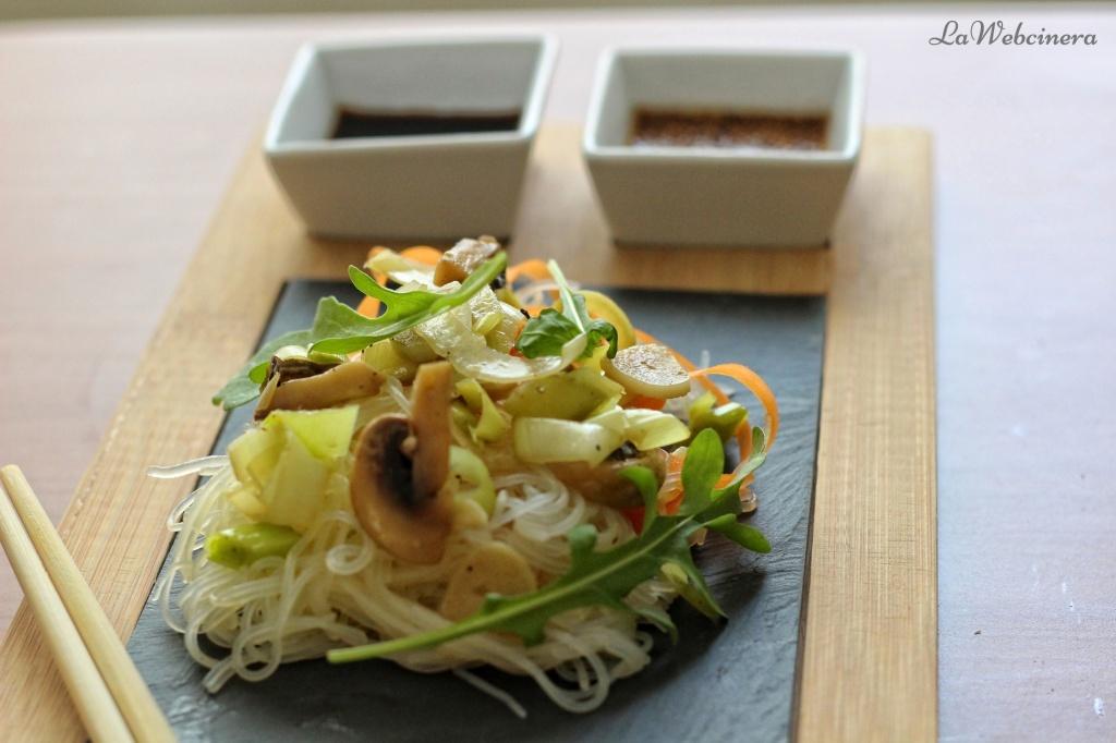 Fideos de cristal con verduras