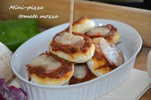 Mini-pizza tomate mozza