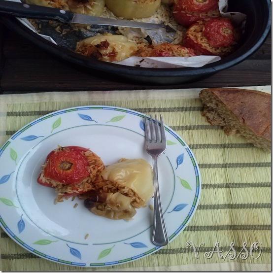GEMISTA :punjene  paprike  i paradajz sa rižom