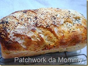 Pão integral com linhaça e gergelim
