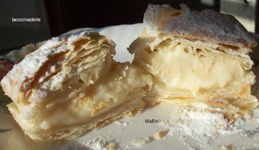 Miguelitos de la Roda - Hojaldre con crema