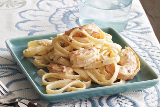 Fettuccini De Camarones Con Chipotle