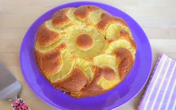 Κέικ με ανανά
