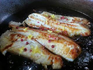 temperar file de peixe grelhado