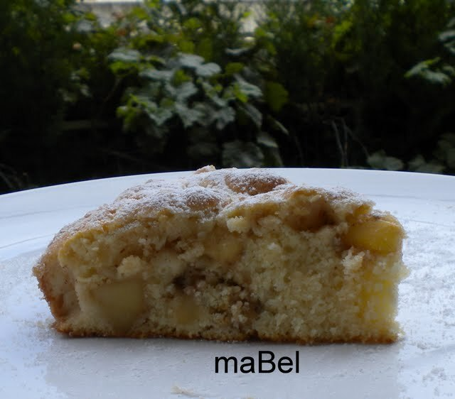Torta jugosa de manzanas (masa rallada)