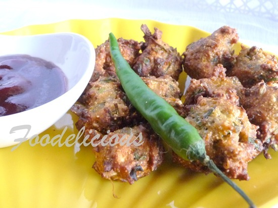 Dakor na Methi Gota/ Gujarati Style Fenugreek Fritter