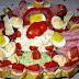 Húsvéti hideg tál: mimózasaláta, tormás-túrókrémes sonkatekercs, töltött tojás, és avokádókrém