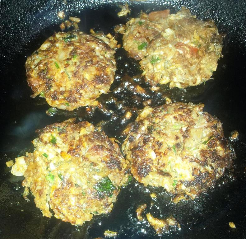 Pan Fried Baby Prawns Cakes – Fresh Javla / Baby Shrimp recipe in Malwani Style