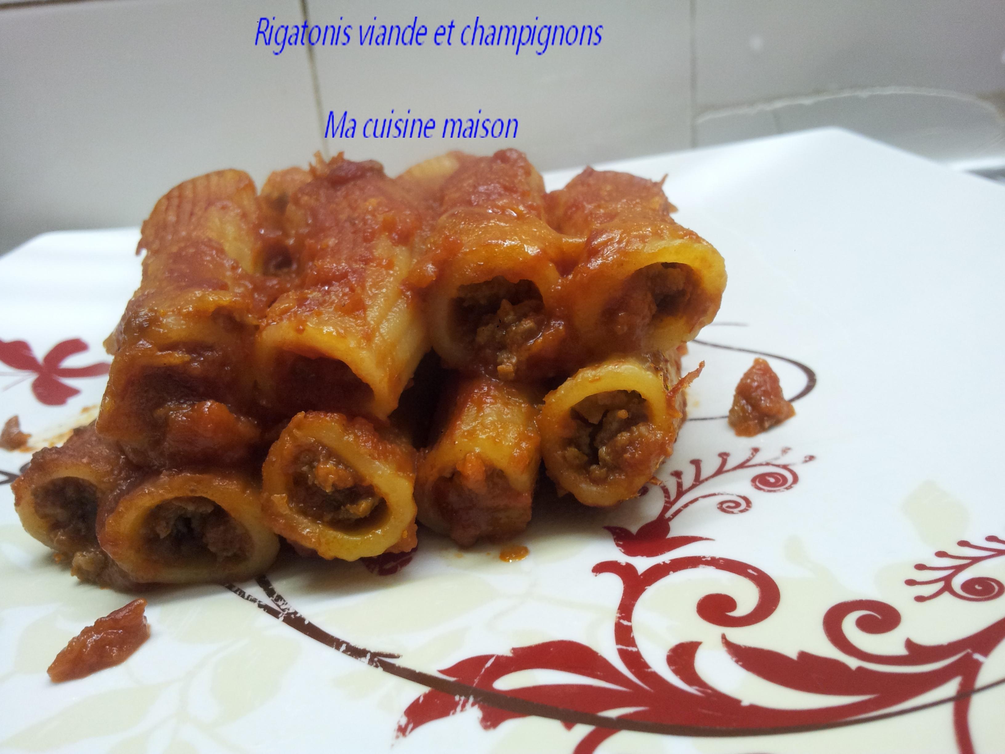 Rigatonis Farcis à la Viande et aux Champignons