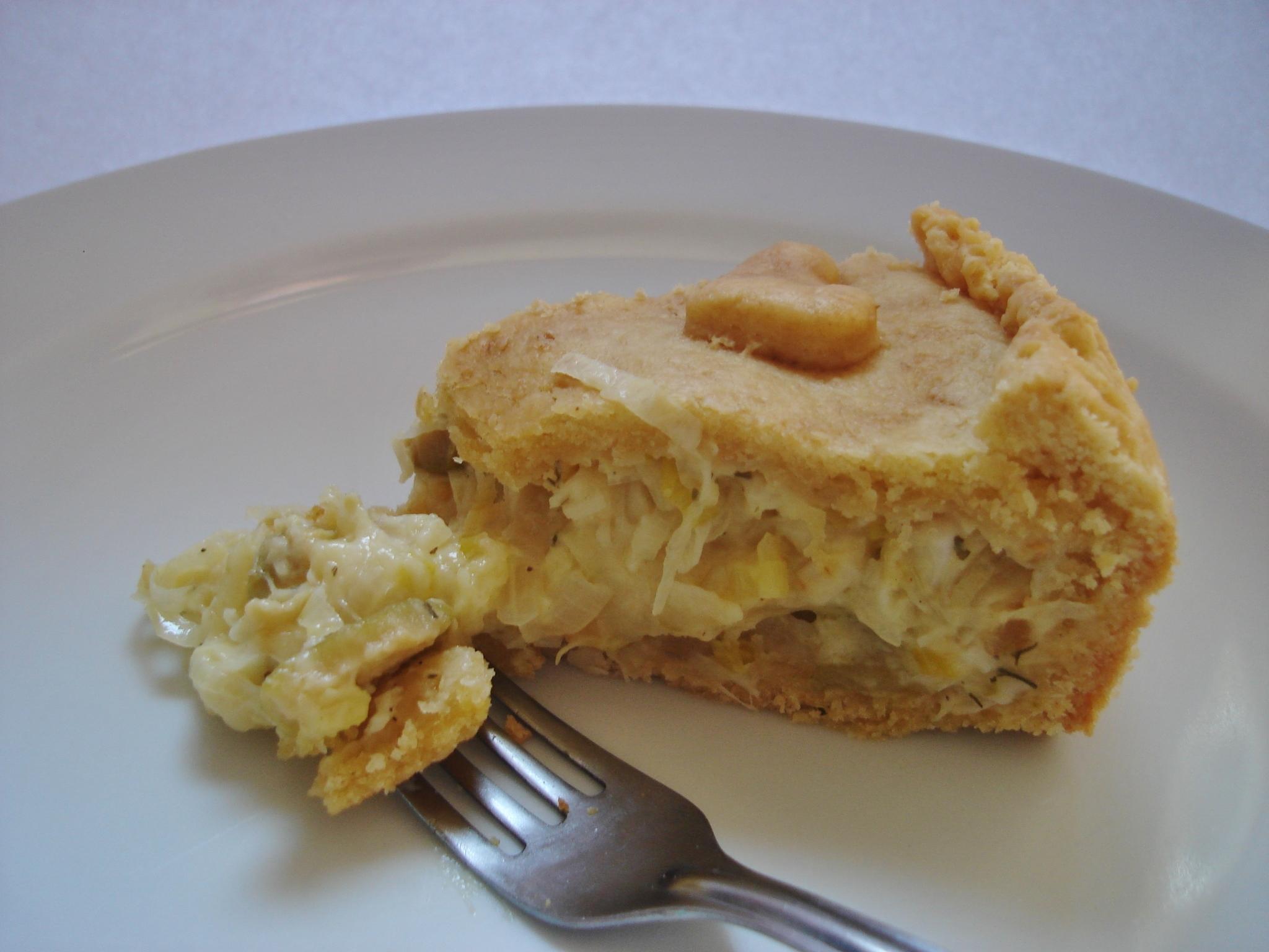 torta de bacalhau com palmito e molho