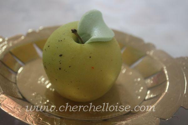 pomme en pate d'amande http://t.co/8c8CXeSYxC