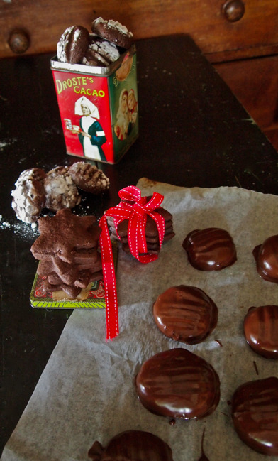 Three ways with a chocolate cookie recipe. Gluten free