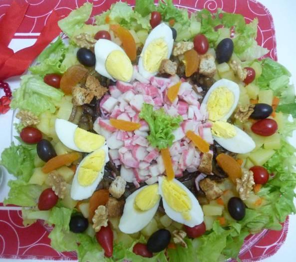 Salada de Kani-Kama com Cebolas carameladas