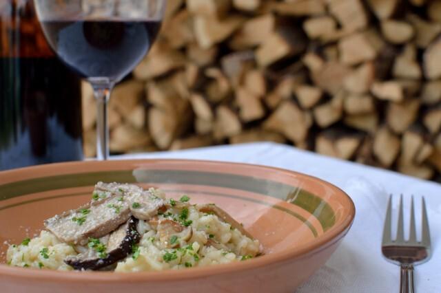 Risotto med tørrede Karl Johan svampe – risotto ai funghi porcini secchi