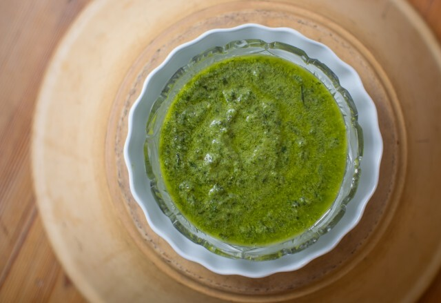 Traditionel pesto med basilikum – pesto alla genovese