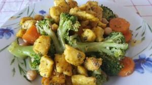Salata od piletine i brokule