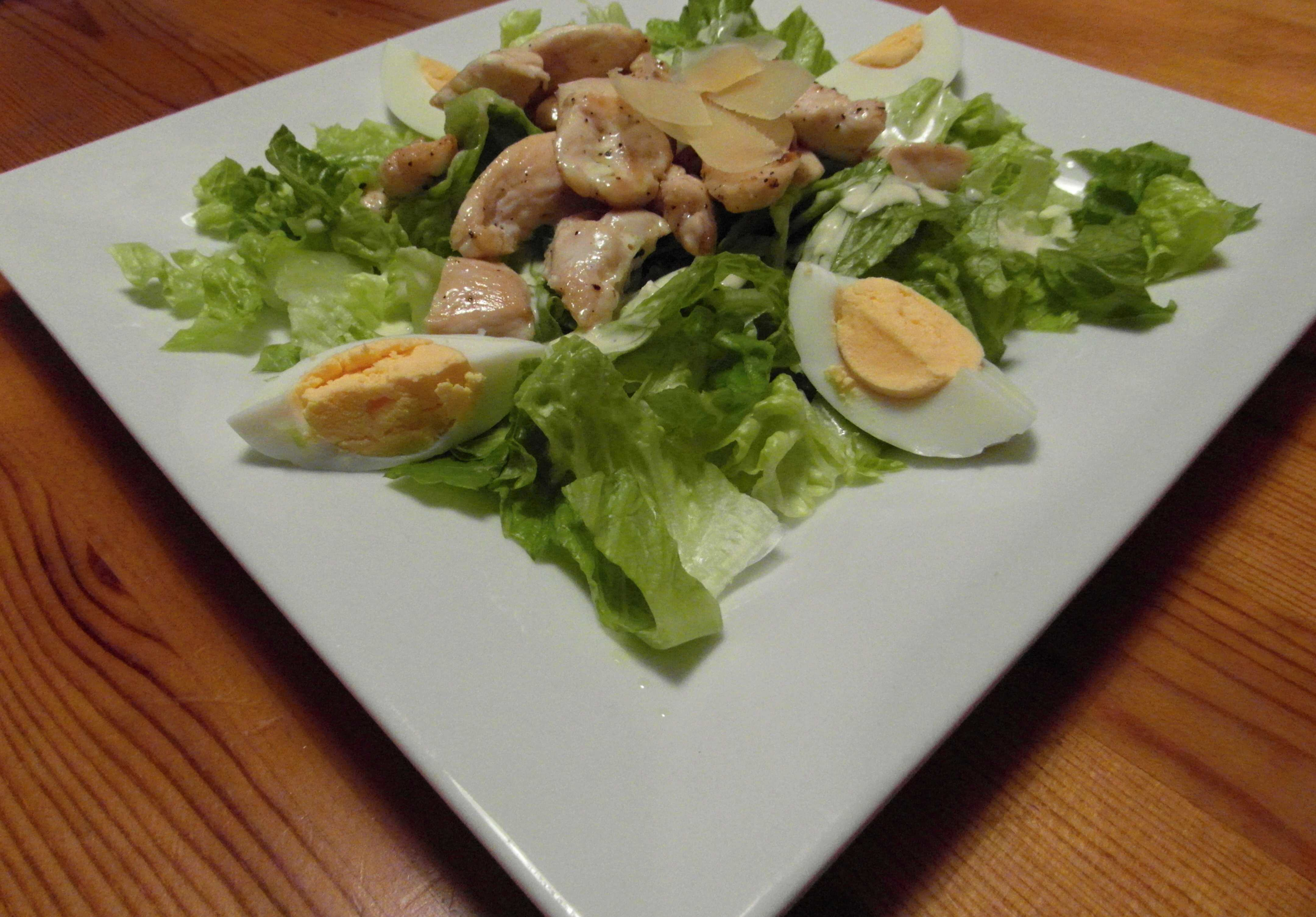 Kuřecí salát s caesar dresinkem