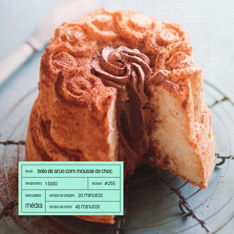 bolo de anjo com mousse de chocolate