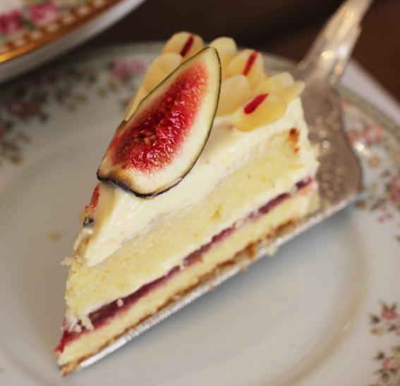 um bolo para Laura Brown