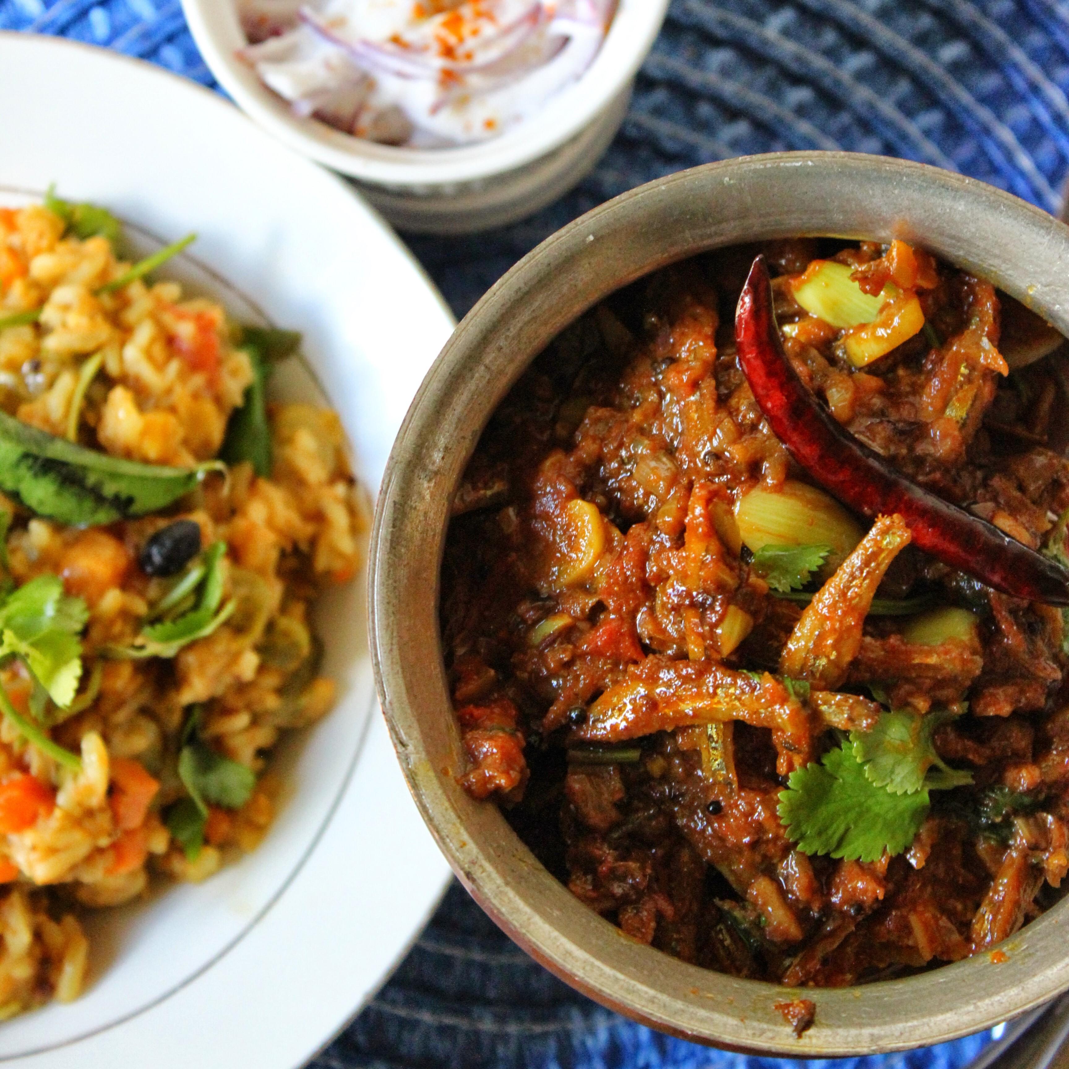 Nethili Meen Karuvadu thokku / Dry Anchovies Spicy Curry !!