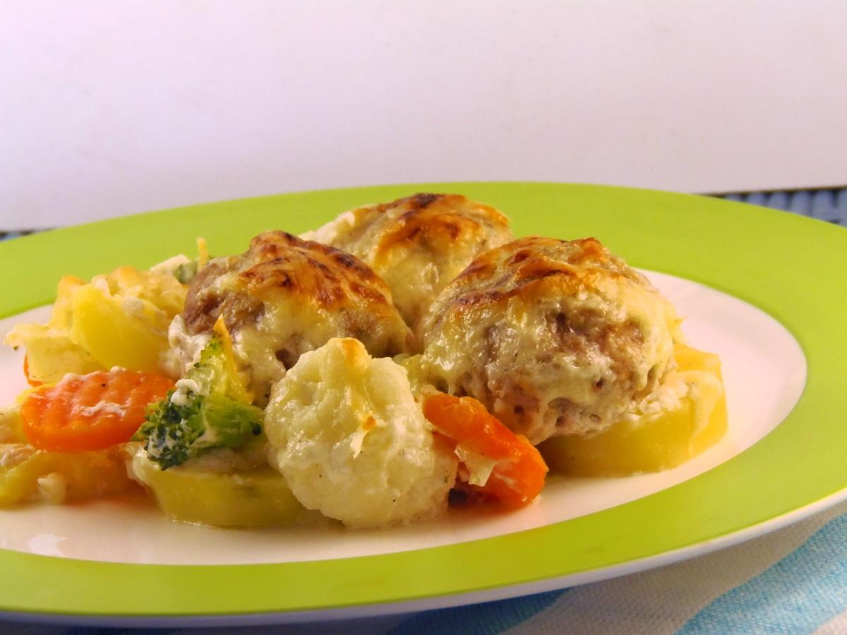Punjene okruglice s mozzarellom i povrćem