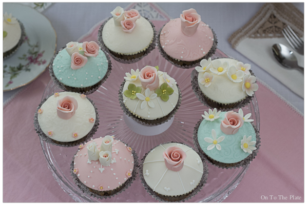 Vintage styled cupcakes for Kade's bridal shower