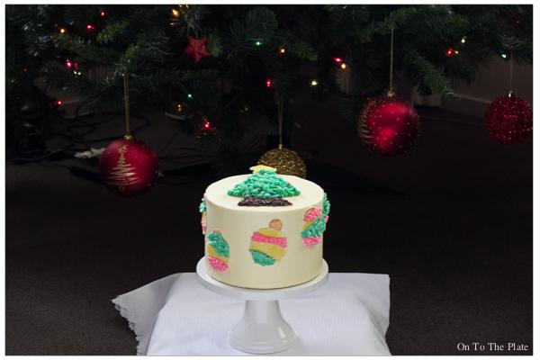 Lemon Yoghurt Cake with a festive look