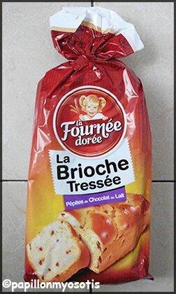 LA FOURNÉE DORÉE : BRIOCHE TRESSÉE AUX PÉPITES DE CHOCOLAT AU LAIT [#FOOD #PETITDEJEUNER]