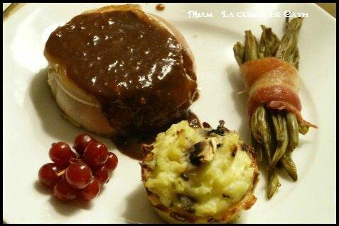 """ღ """" Miam """" ☆ Pavés de Biche sauce Cacao et Groseilles ☆"""