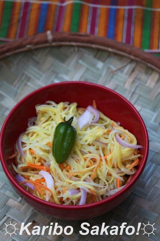 Rougail papaye, mangue verte et carotte parfumé à la citronnelle