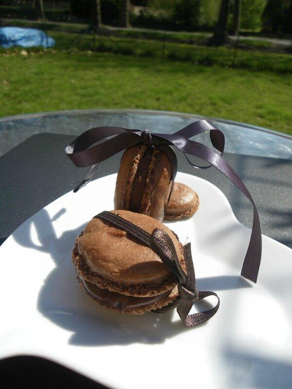 Macarons de Pâques au chocolat
