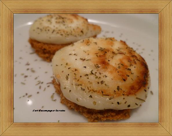 Cœur de chèvre sur canapés de pain d'épices