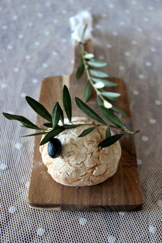 Recette facile avec des petites mains : les petits pains aux olives